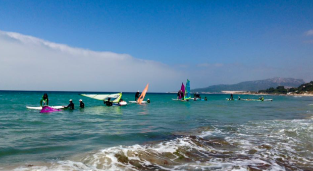 FOTO BY https://www.facebook.com/surfcentertarifa/photos_stream